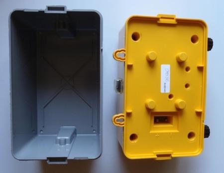 Podłączenie elektryzatora do sieci 230V